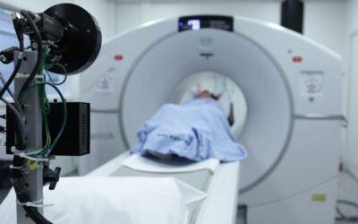 Lege promulgată: Pacienţii asiguraţi vor putea solicita investigaţii de screening pentru descoperirea precoce a bolilor