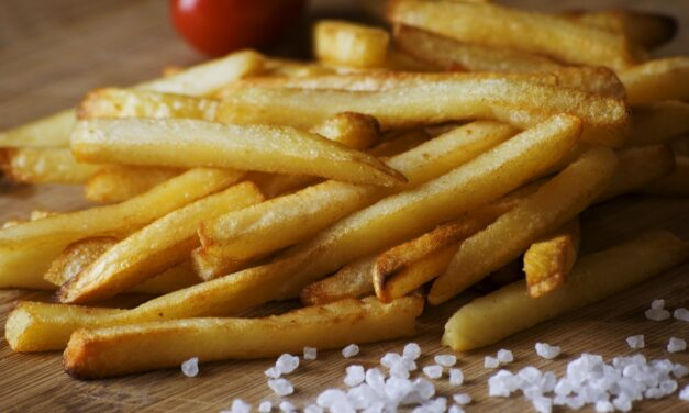 Alimentele prăjite, factor important în apariția bolilor de inimă și a accidentului vascular cerebral (studiu)